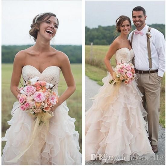 2017 Blush Pink Country Style Ruffles Wedding Dresses Lace Sweetheart Vintage Tiered A Line Plus Size Bridal Gowns With Court Train