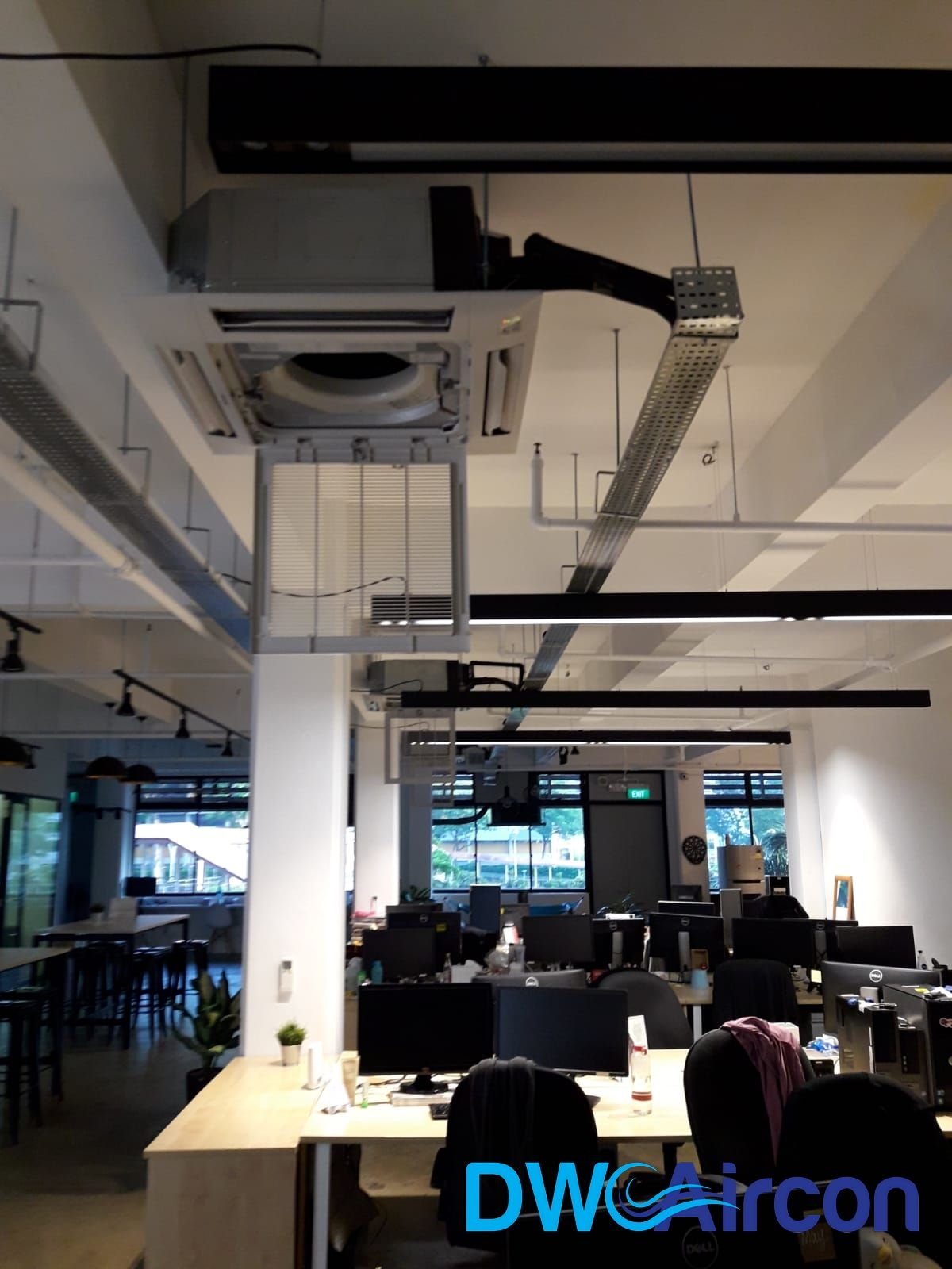 Dw Aircon Singapore Provided A Commercial Aircon Servicing In