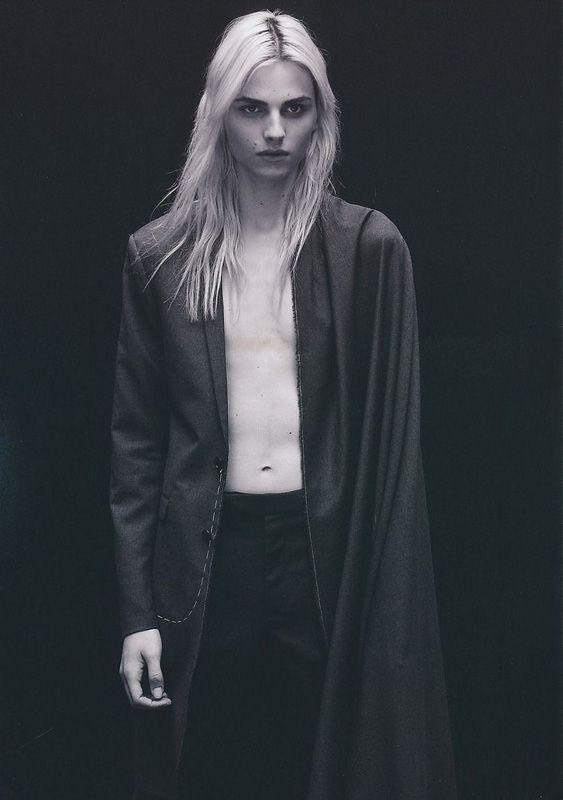 Alcuin no Delaunay (Andrej Pejic) #Kushiel   Kushiel ...