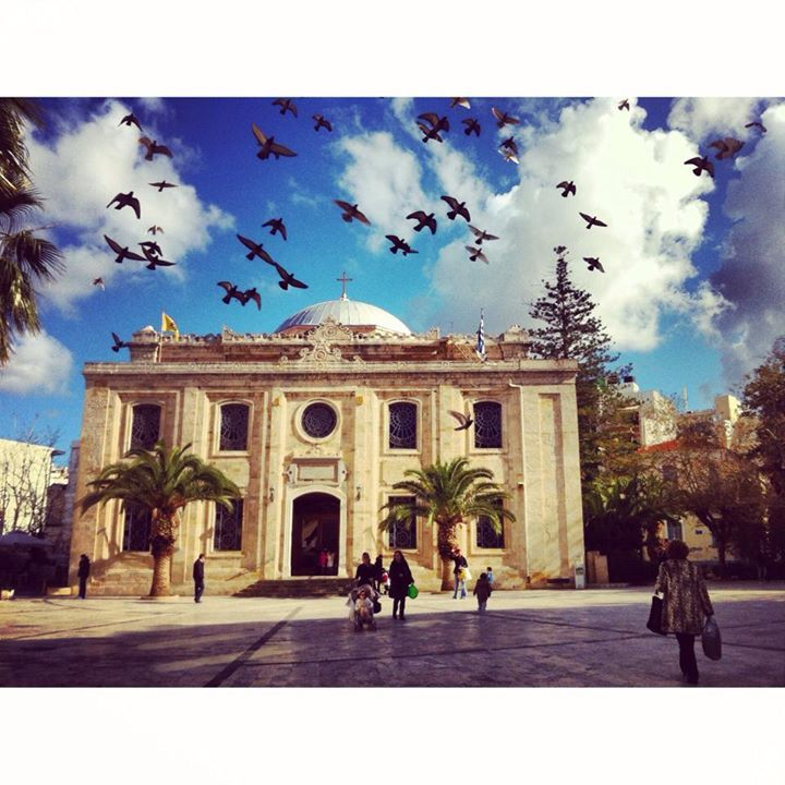 A day in Agios Titos Square, Heraklion by  Francesca Bouaoun