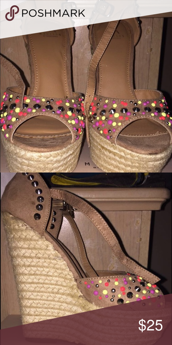 c663a65cf3df Madison by shoedazzle Colorful . Very nice . Never worn Shoe Dazzle Shoes  Heels