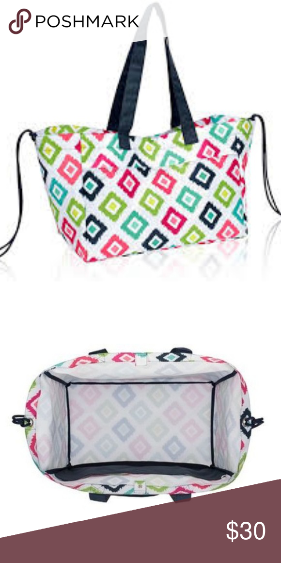 Thirty One LARGE Utility Tote in CANDY CORNERS NEW