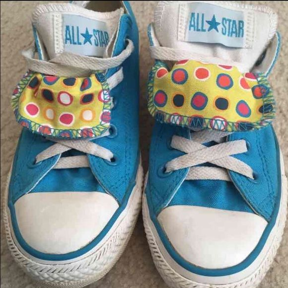 728a4d8708dd Women s Converse Sneakers Great colors for spring! Great condition very  little signs of wear and tons of life left! See pics! Converse Shoes  Sneakers