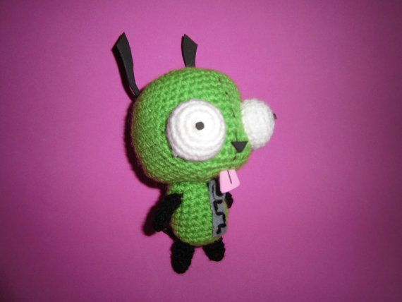 Here is the adorable Gir, character from the cartoon series Invader Zim.  This doggy is about 15 cm tall, and is made with wool, foamy and felt.