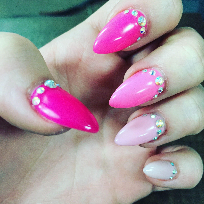 fakenails #design #naildesign #ombre #pink #diamonds #stileto ...