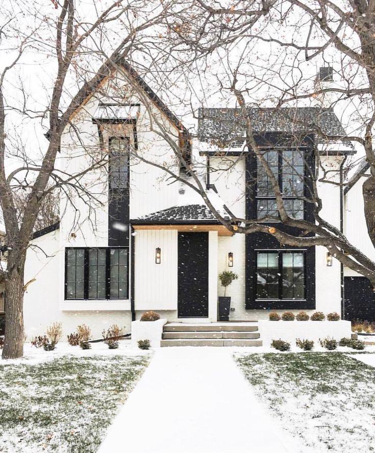 Photo of Elegant home in snow storm #decor #homedecor #christmas #exteriordesign #exterio…,  #CHRIST…