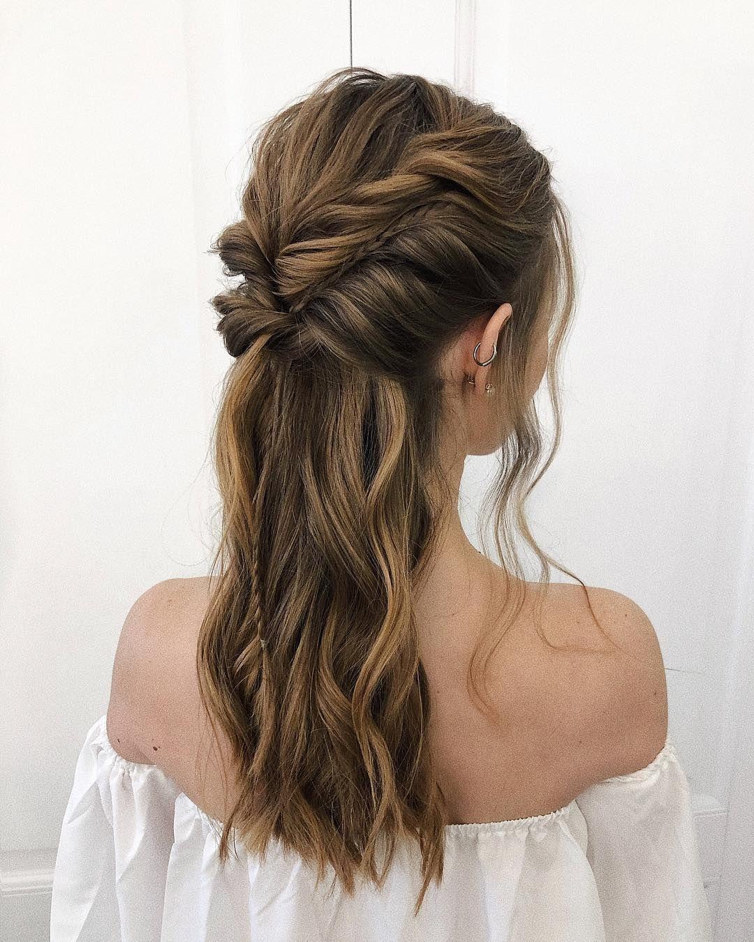 На данном изображении может находиться: один или несколько человек и часть тела крупным планом #ponytailhairstyles