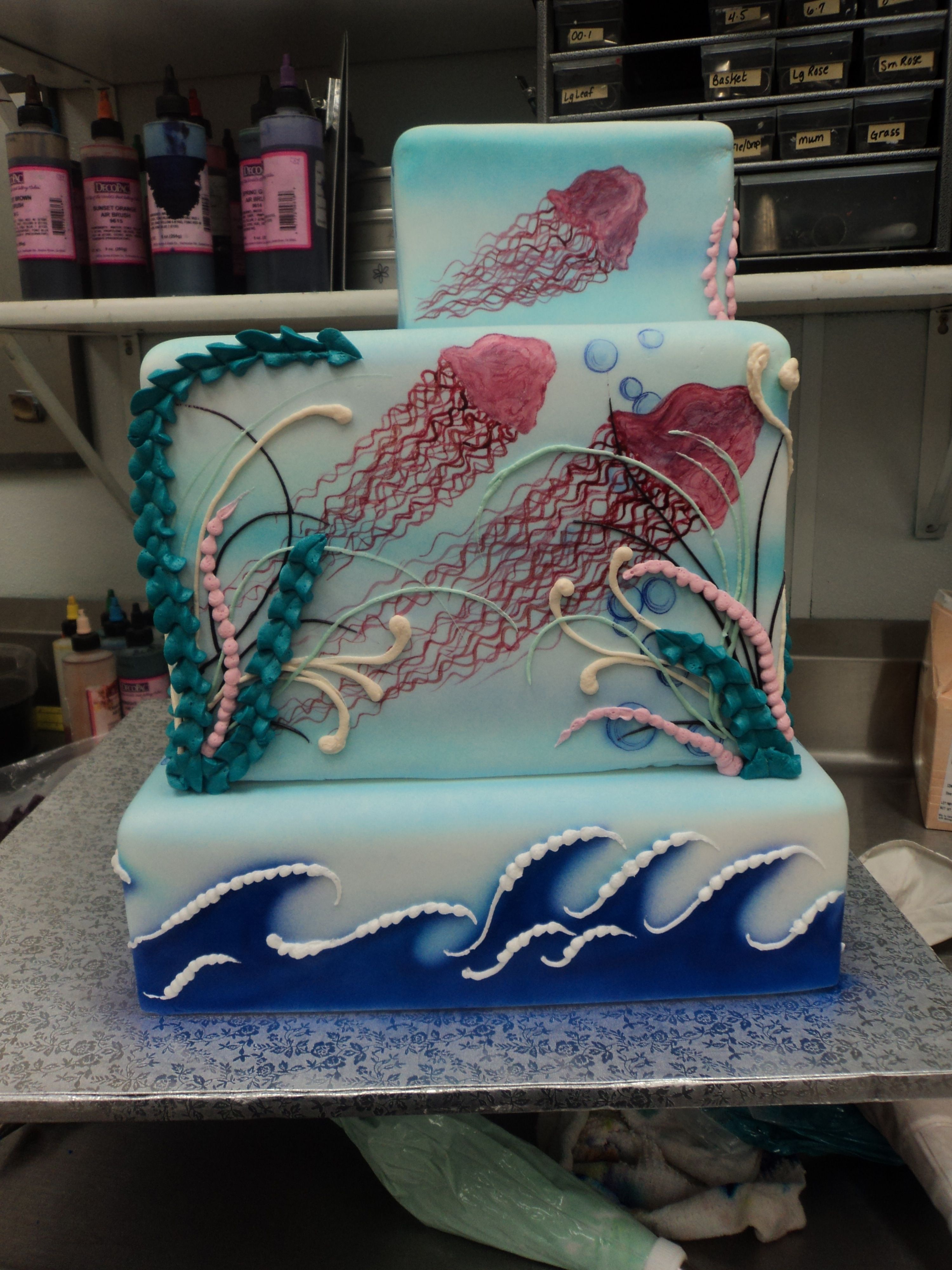 Back of UMBA Gold Winning 2012 Cake Jellyfish handpainted ...