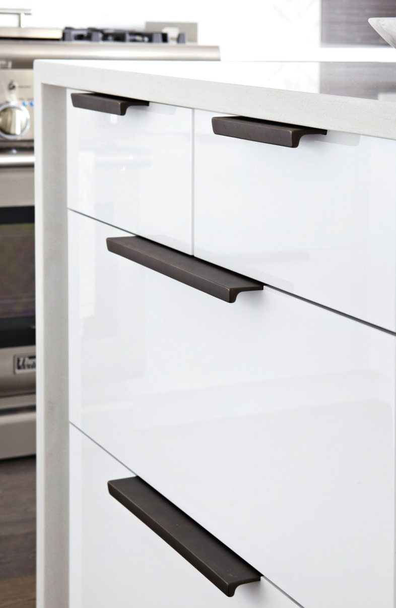 Rocky Mountain Hardware Brut edge pull #cabinetpull #kitchenhardware ...