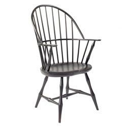Windsor Arm Chair In Poplar