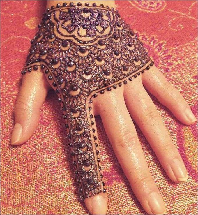 100 Gambar Henna Tangan Yang Cantik Dan Simple Beserta Cara Membuatnya Mehndi Designs For Fingers Mehndi Designs Latest Mehndi Designs