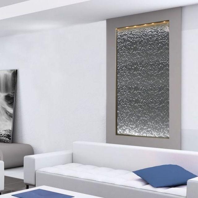 eingebauter zimmerbrunnen wasserfall effekt beleuchtung. Black Bedroom Furniture Sets. Home Design Ideas