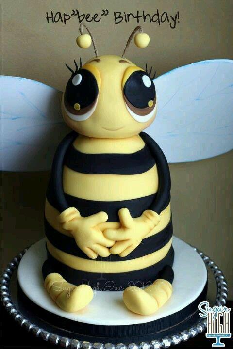 Bee cake, how cute!!! For Mee Bee's birthday.