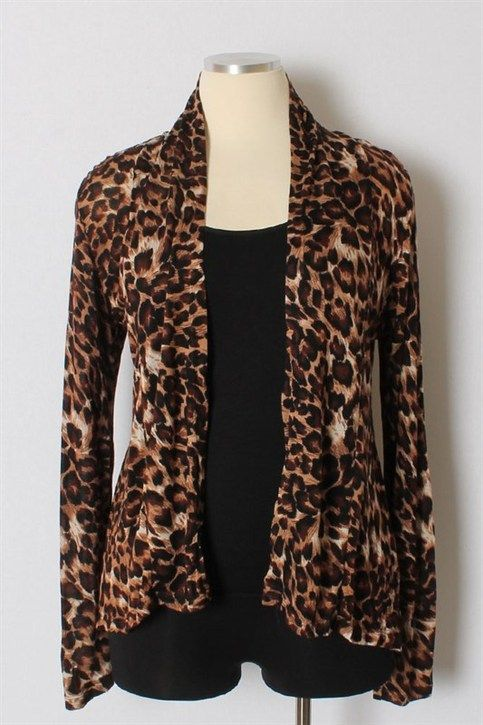 The perfect weight for summer and winter and all the temps in between. Great plus size fitting. Model, ahem, I am wearing a 1x and typically size 16-18. Get your leopard neutral today!