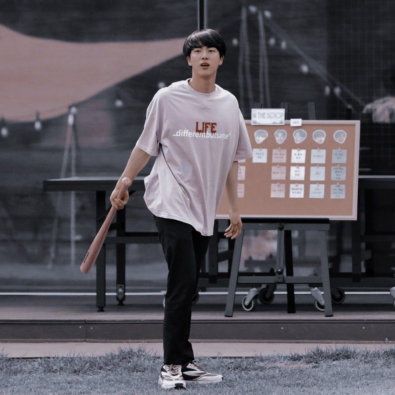 """Нð""""𝐒 Нˆð'𝐎𝐍 Н—‰ð—'𝗇𝗍𝖾𝗋𝖾𝗌𝗍 Н—'𝗎𝗋𝗂𝖾𝗍𝗁𝖾𝗍𝗂𝖼 In 2020 Bts Jin Seokjin Kim Seokjin"""