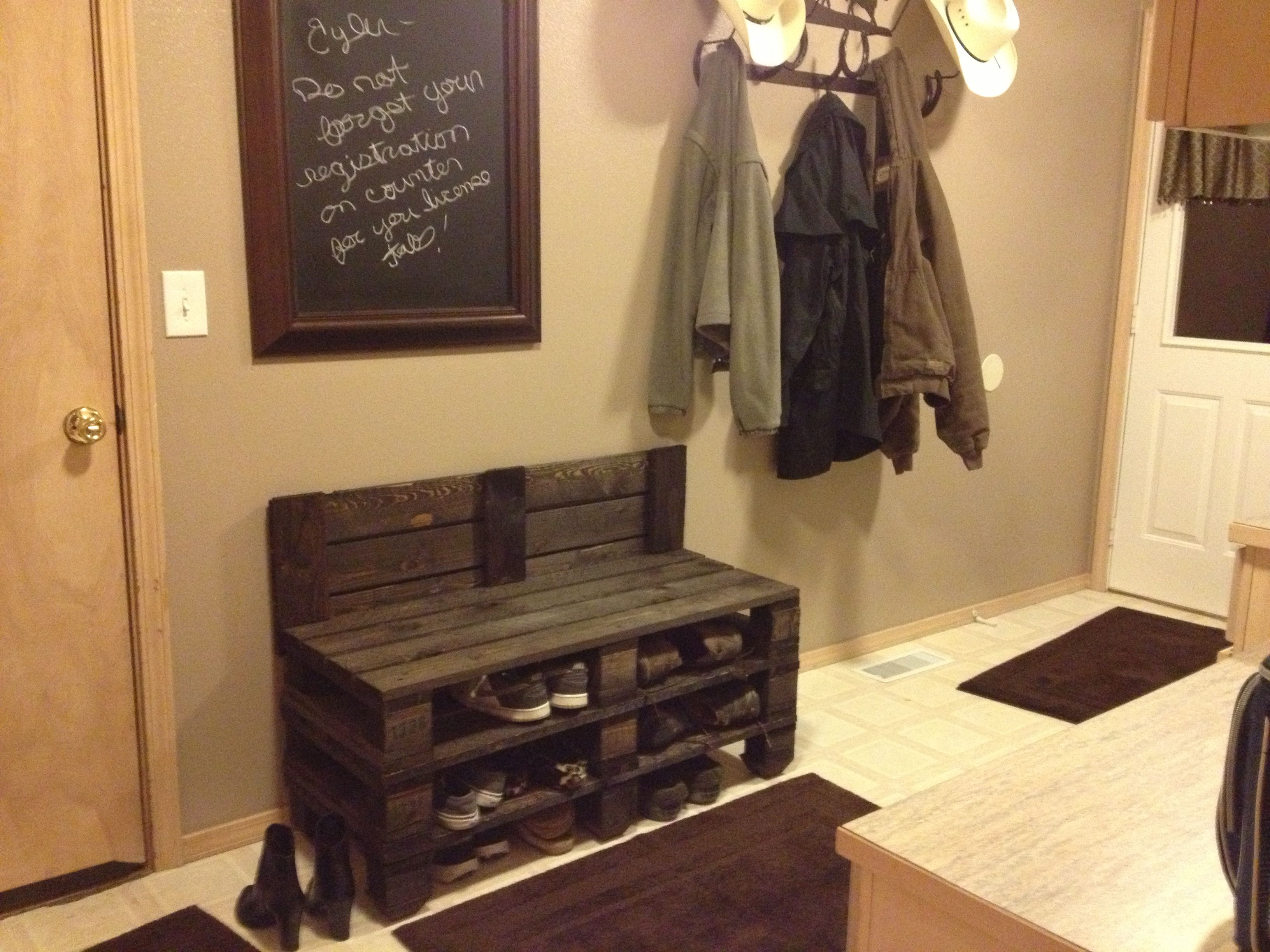 Pallet Shoe Bench Pallets Diy Pallet Projects Diy