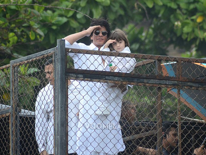 Shah Rukh Khan and AbRam convey Eid wishes to fans and