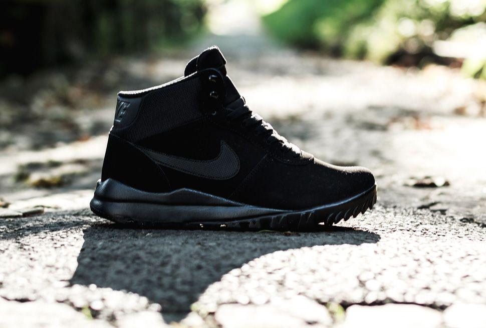 best website 3a40a 139e2 nya produkter för september  nike acg hoodland svart nike hoodland suede  black anthracite eu kicks sneaker magazine