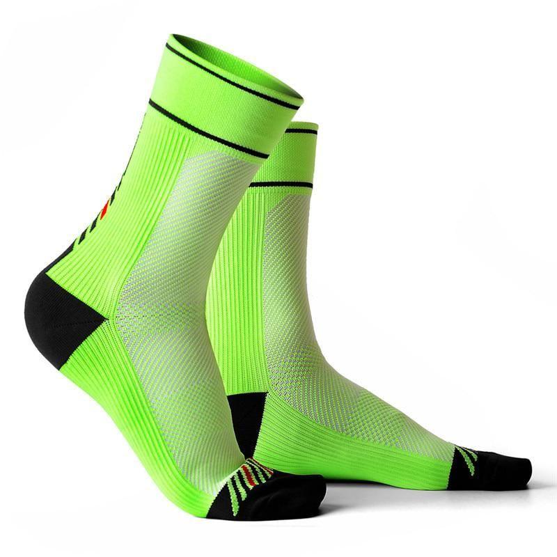 Mens Socks Non Elastic UK Size 7-11 EU 39-45 Black with Coloured Spots Free P/&P