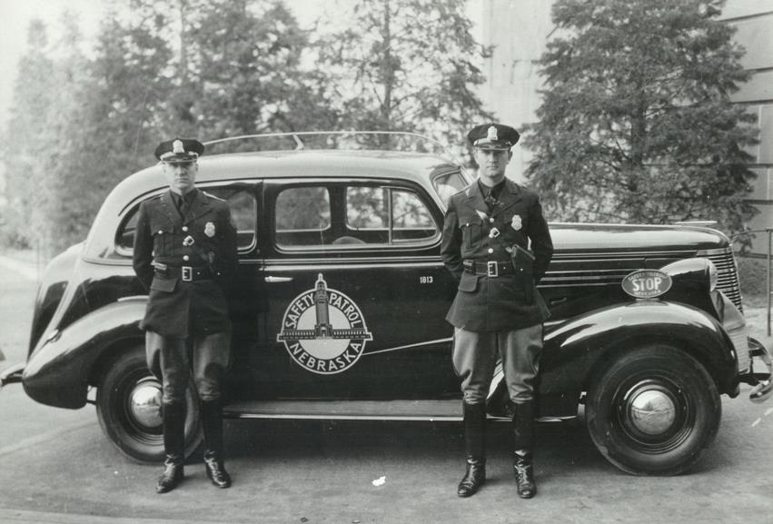 Nebraska Highway Patrol Police cars, Us police car, Old