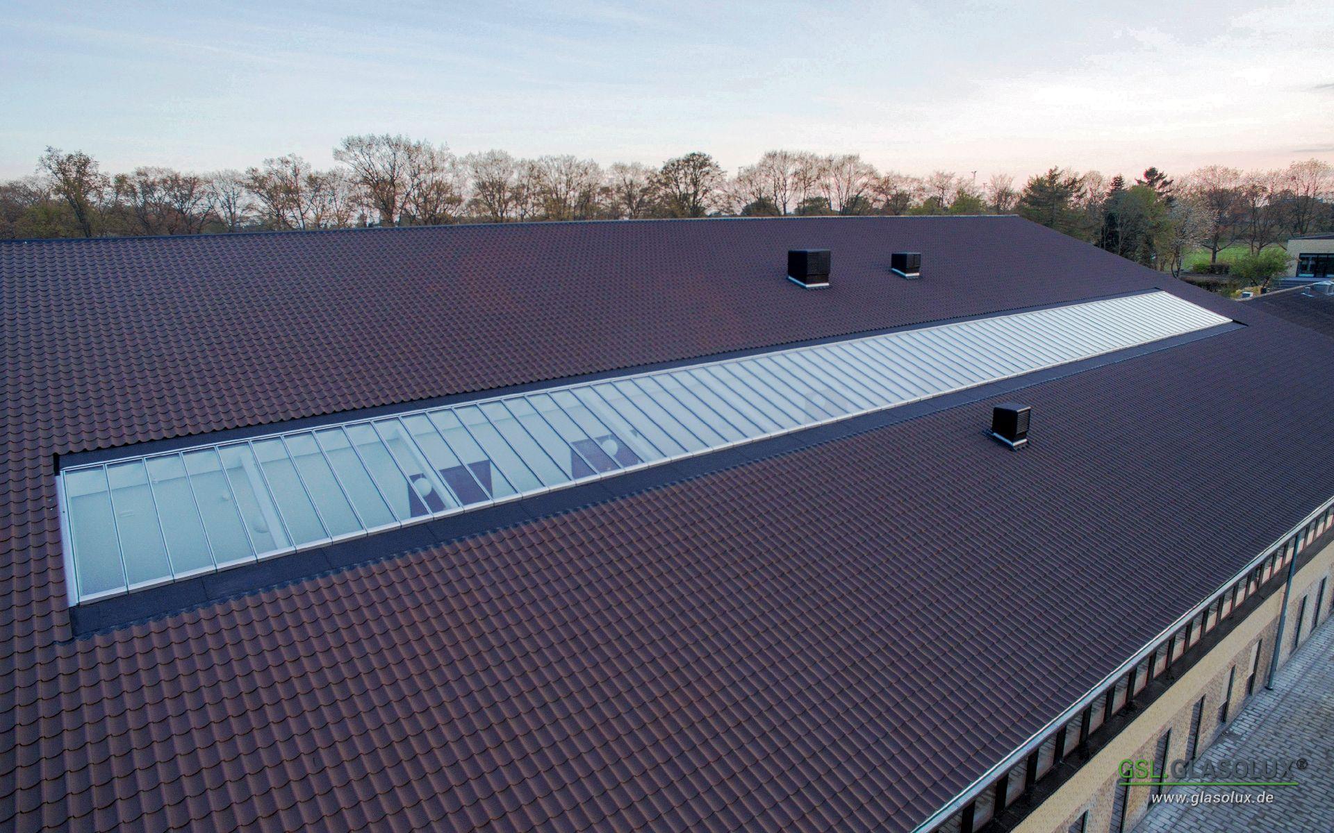 GLASOLUX – Dachfenster, Oberlichter und begehbares Glas auf Maß