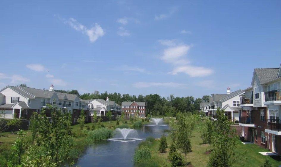 Cidermill Village Apartments Rochester Hills Mi Rochester Hills Resort Style Pool Village