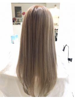 Weib ヴァイス Weibワタナベ クリアミルクティーベージュ 髪色 ミルクティー 髪色 ベージュ ロングヘア