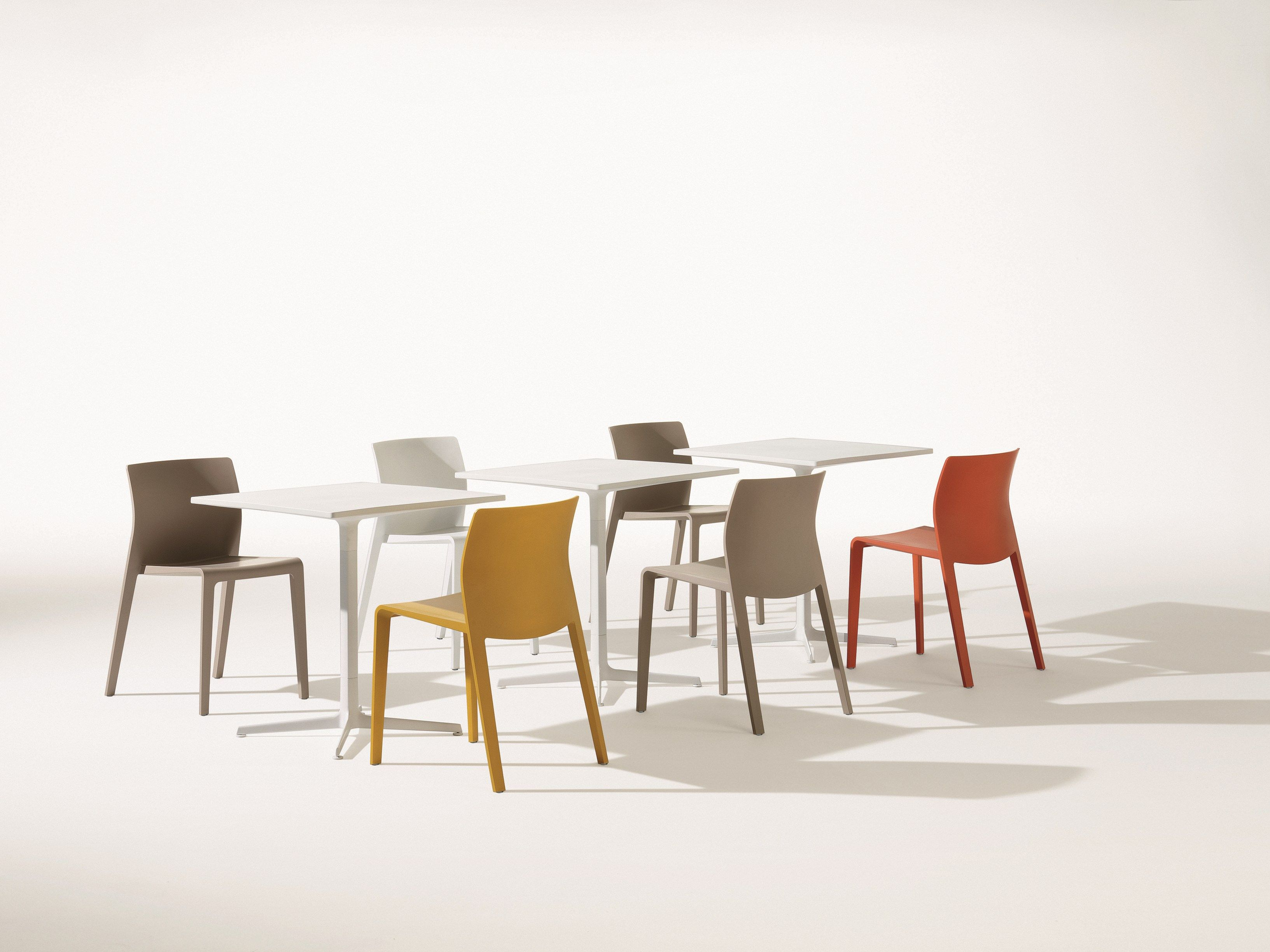 Arper Juno Stoel : Stackable polypropylene chair juno collection by arper design