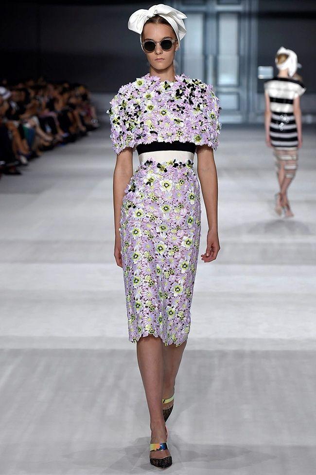 List 19 Beauty Giambattista Valli Dresses Top Famous Fashion Designer Name Diy Craft 14 Fashion Couture Fashion Fashion Designers Famous