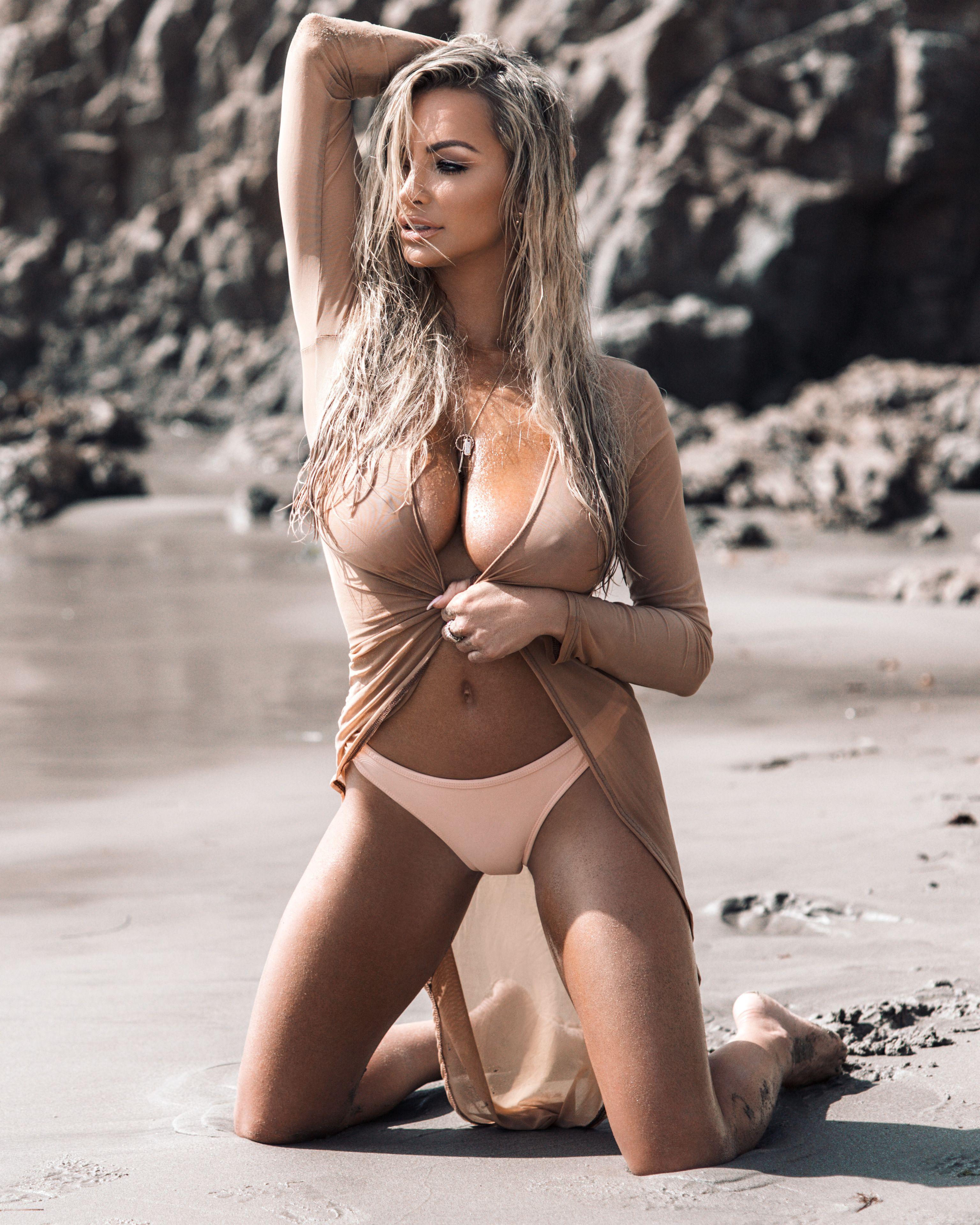 Candid hottie braless amp sexy oct 2016 - 3 part 2