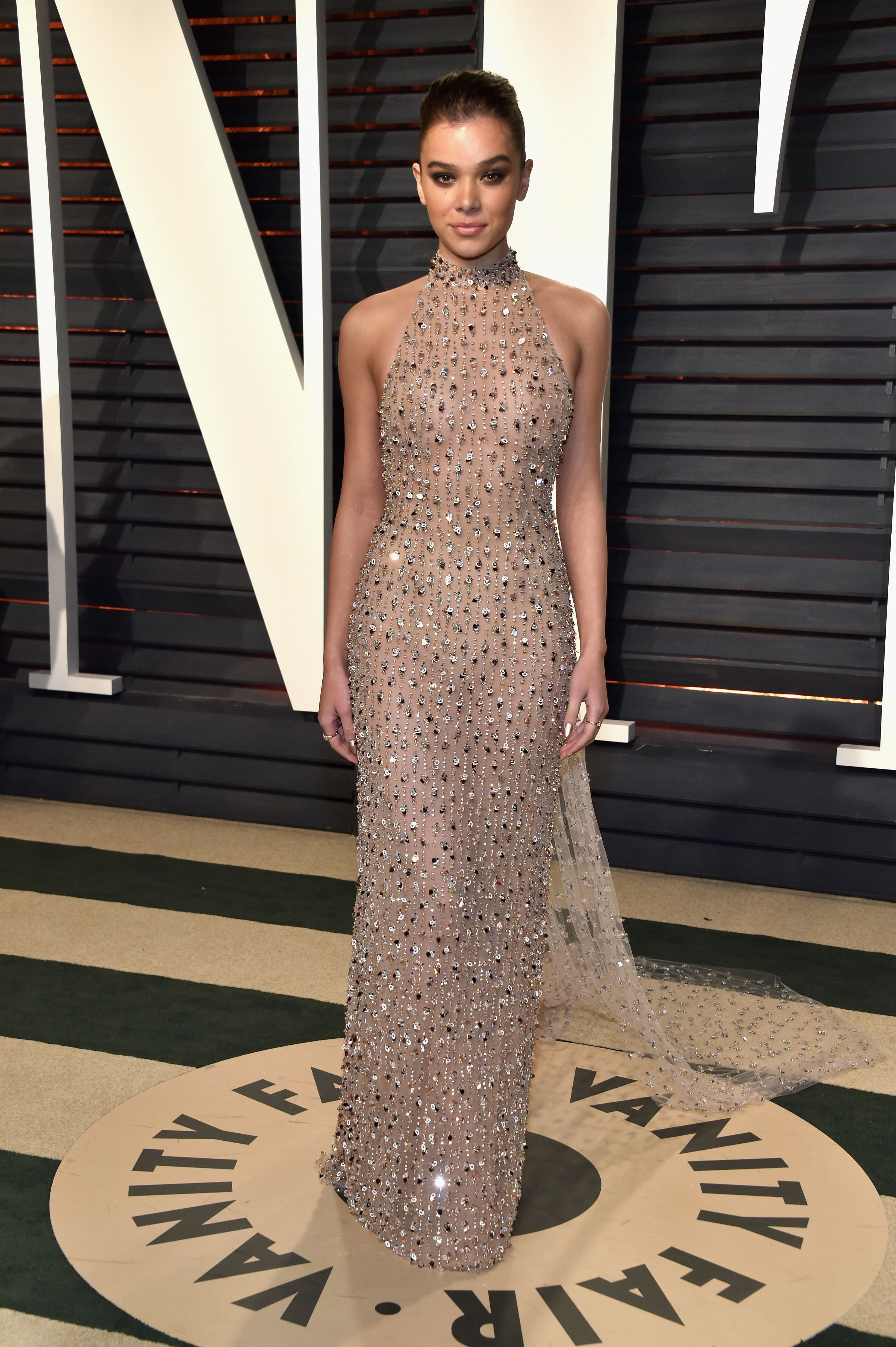 Roter Teppich Hollywood Kleider Hailee Steinfeld In Ralph And Russo Vanity Fair Oscar