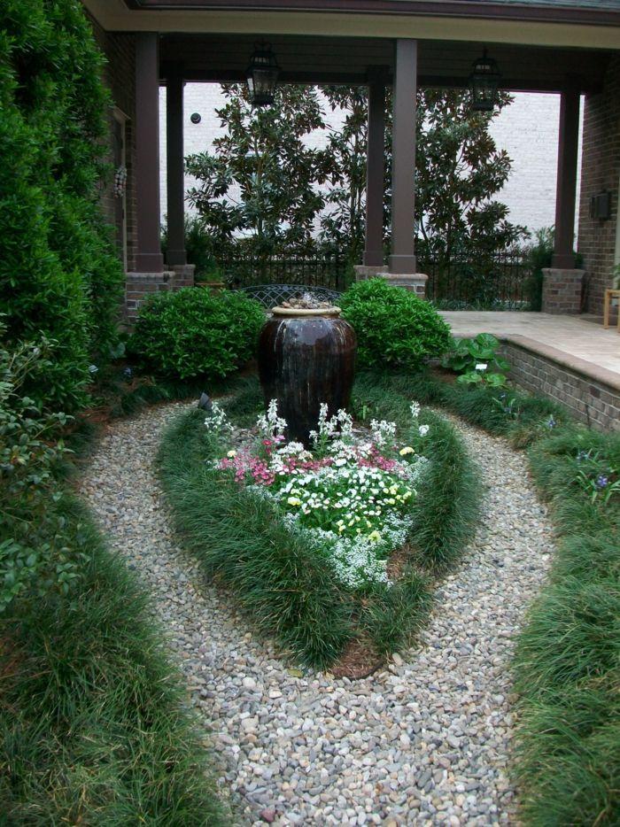 Awesome Attraktive Dekoration Gartenbepflanzung Ideen #5: Gartendeko Ideen Kieselsteine Brunnen Garten Pflanzen