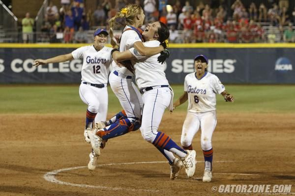 Behind A Solid Performance From Senior Lauren Haeger In The Circle And Clutch Hits From The Gators Offens Florida Gators Softball Softball Team Florida Gators