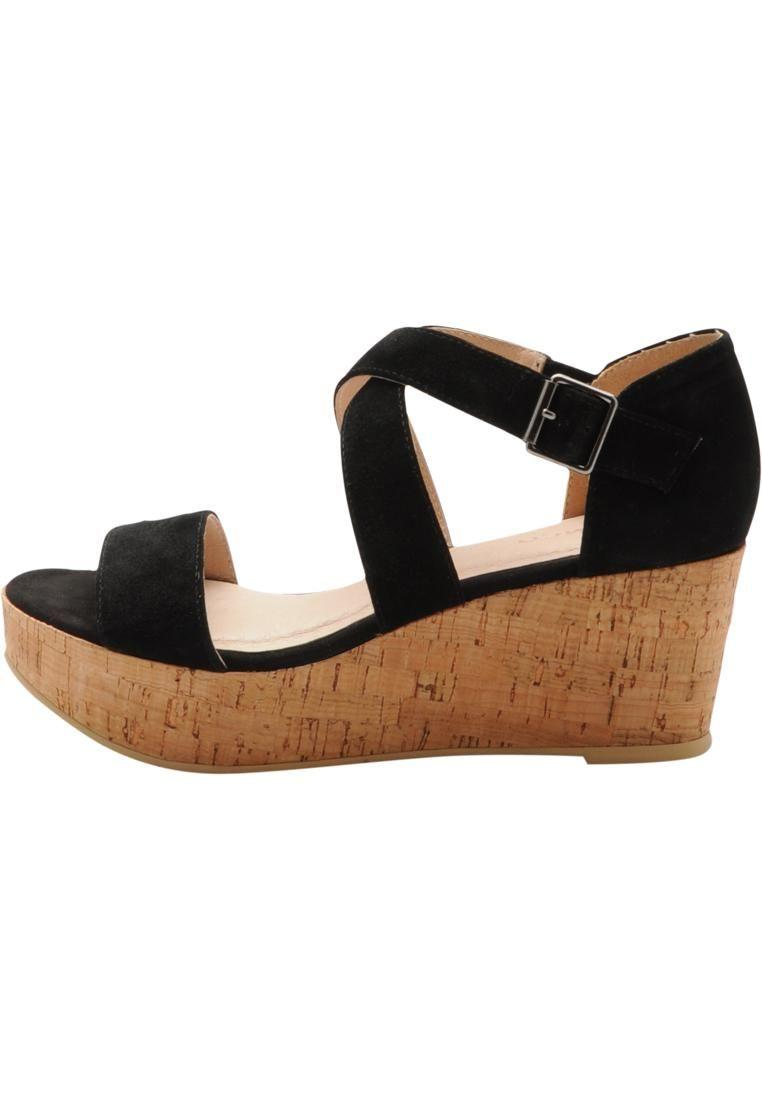 Suede Strap Sandal MAM16