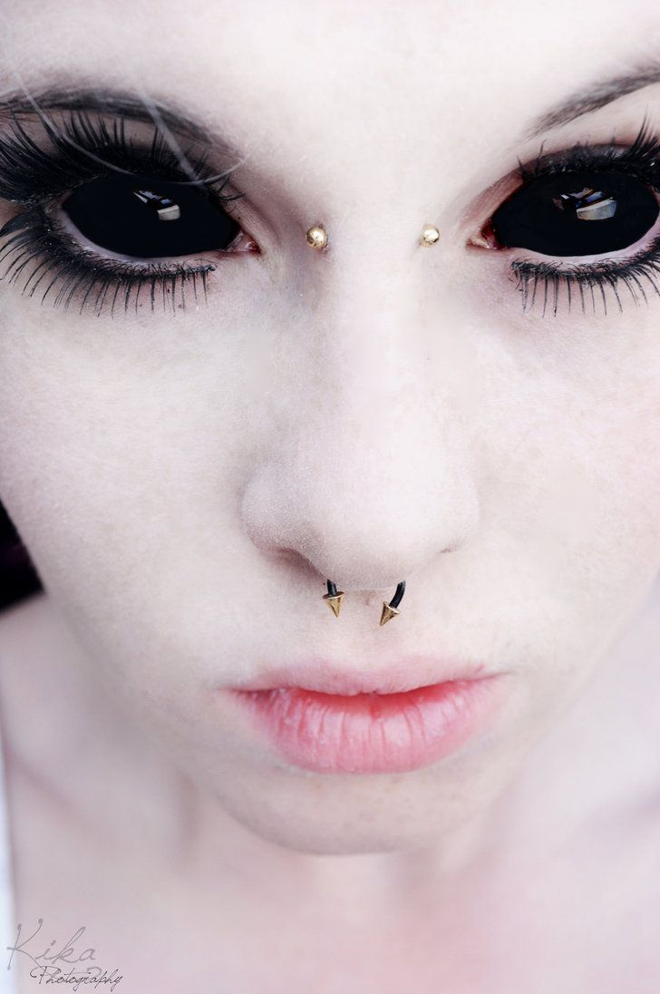ALL BLACK SCLERA CONTACT LENS (PAIR) | contacts and makeup ...