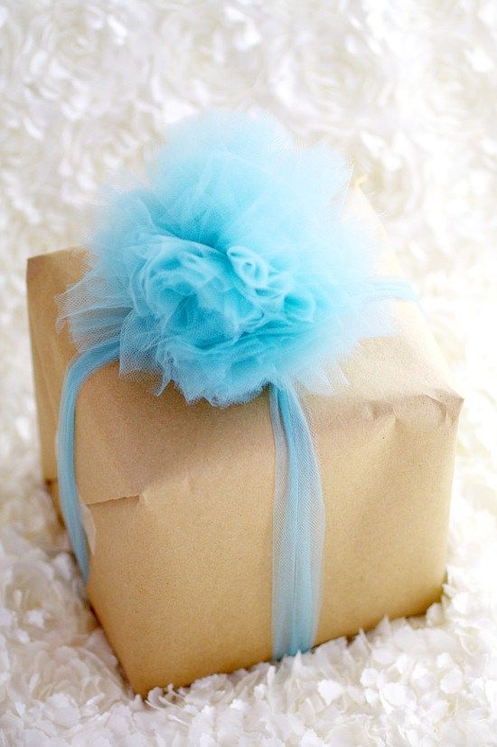 Gift tag and gift wrap ideas you can do yourself easy diy crafts diy tulle gift bow 8 solutioingenieria Images