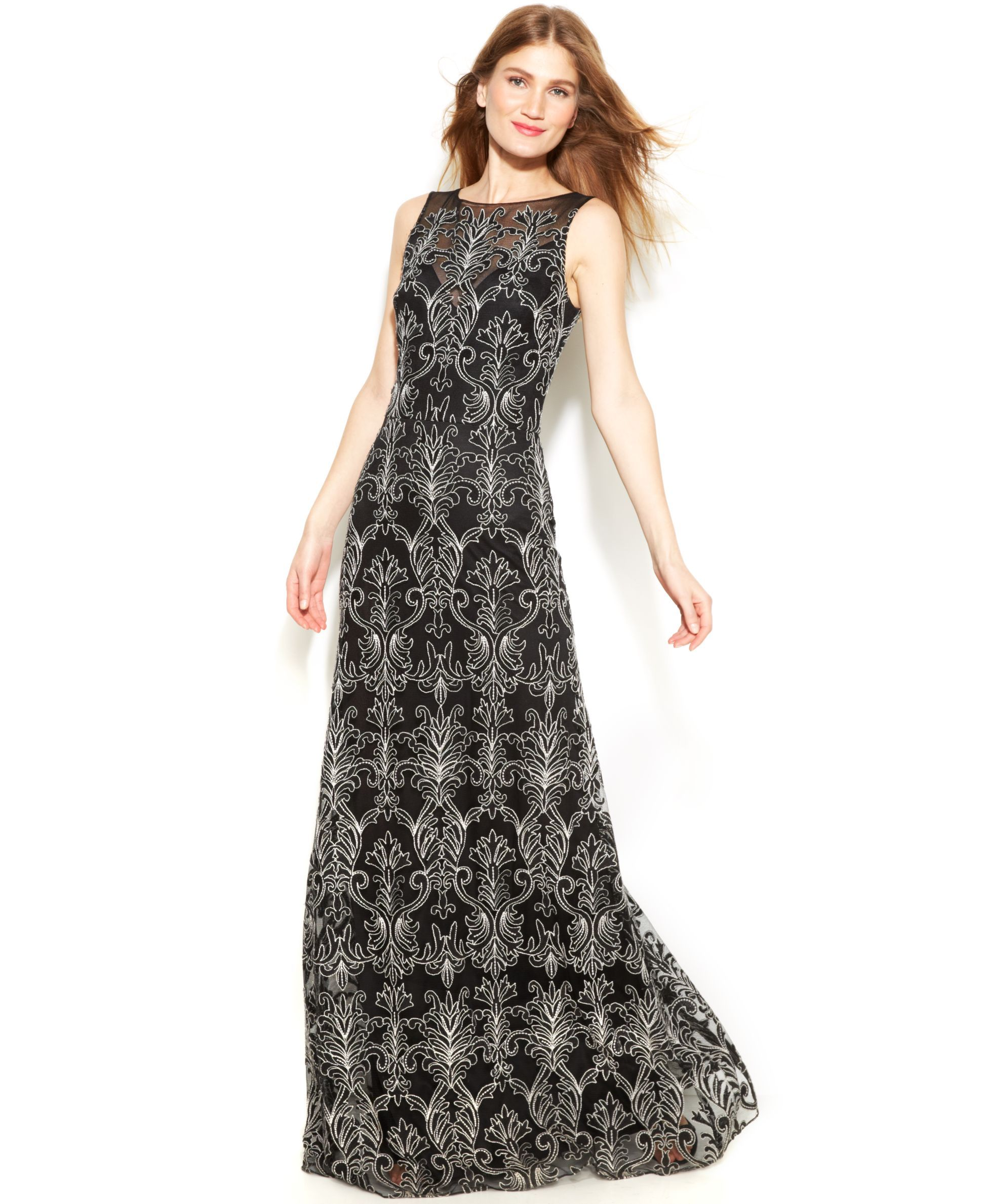 Vera Wang Sleeveless Contrast Embroidered Gown