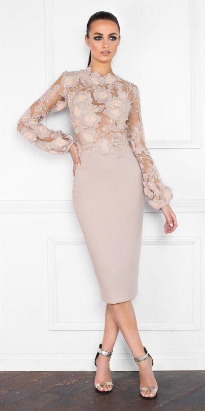 Ми знайшли нові піни для вашої дошки «Жіноча мода» #cocktaildress