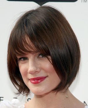 Short Hairstyle Inspiration for Brunettes: Short, Brown Bob