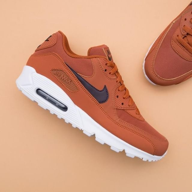online store a3904 7acfd Nike Air Max 90 - aj1285-203 • It´s a brick! • Link in bio •  nike  airmax90   footish