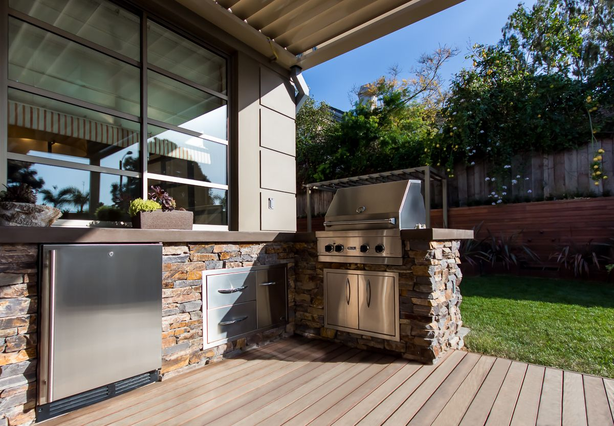 Outdoor Kitchen Grill Against House