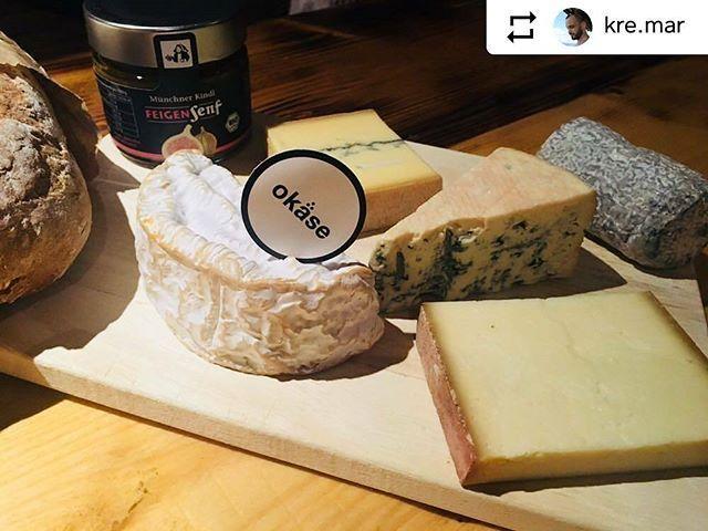 ❤️ #Repost @kre.mar ・・・ Meeega .. danke an www.okäse.de #okäse #lecker #geilerscheiß #käse #foodporn #instafood #foodpics #food  #schönerabend #fonduecheese