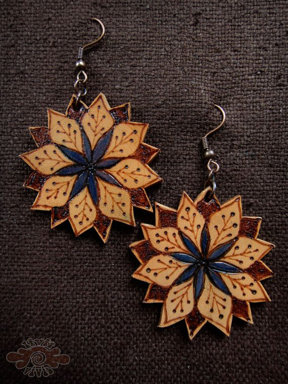 BurNeD & pAinted lEatHer mAndAla eaRrinGs by LivitVivid on Etsy, €19.00