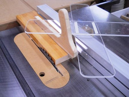 Outils Maison Homemade Tools Index Home Made Table Saw Diy Table Saw Table Saw