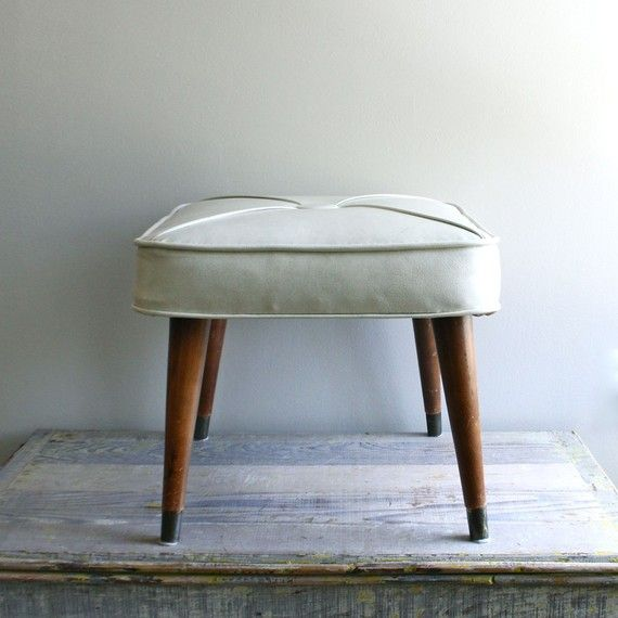 I M Beginning To See A Pattern Emerging I Think I Have A Thing For Tuffets Mid Century Foots Footstool Interior Design Furniture Kitchen Inspiration Design