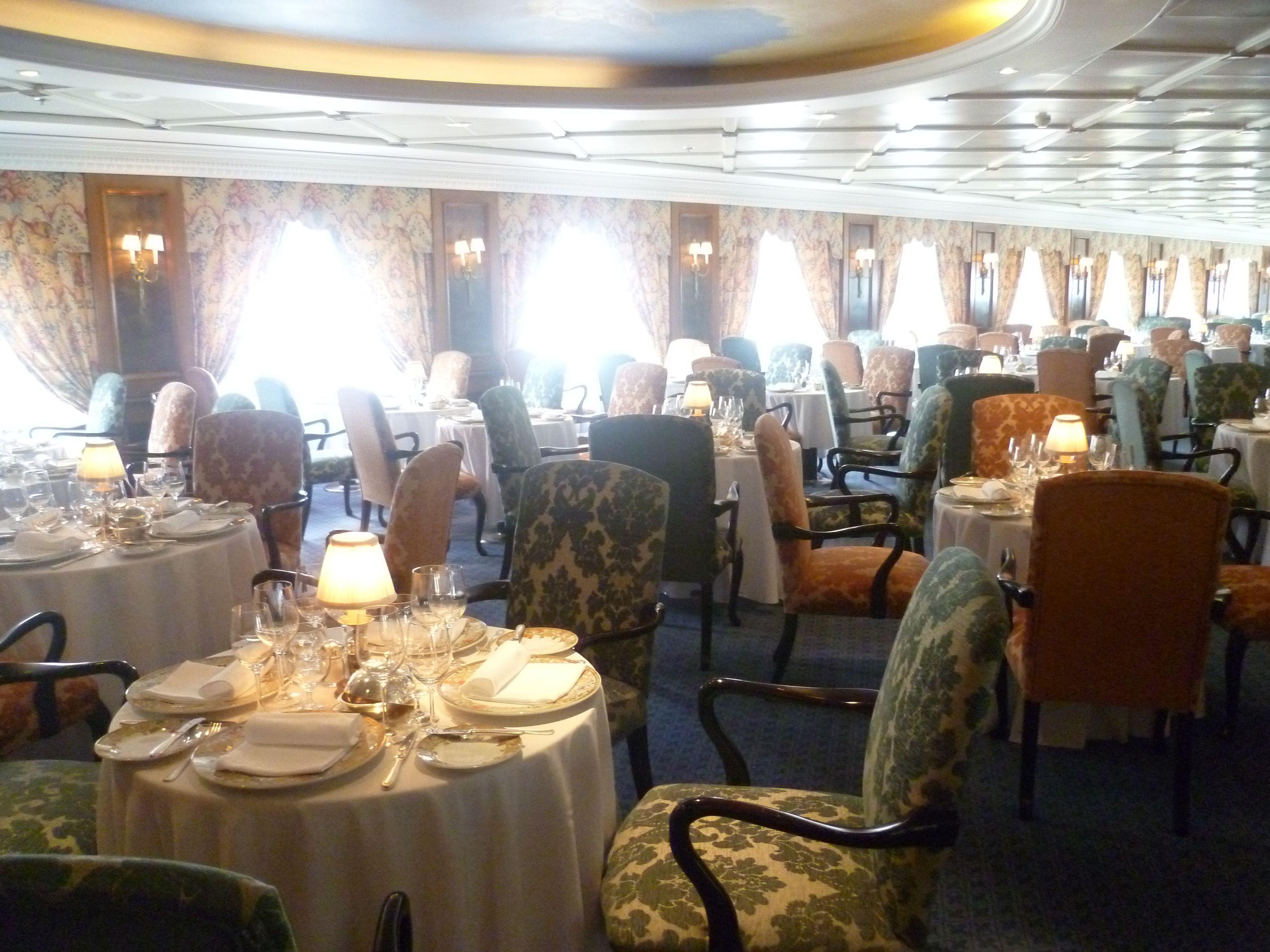collection buffet hotel dining sablon nh brussels room breakfast grand restaurants