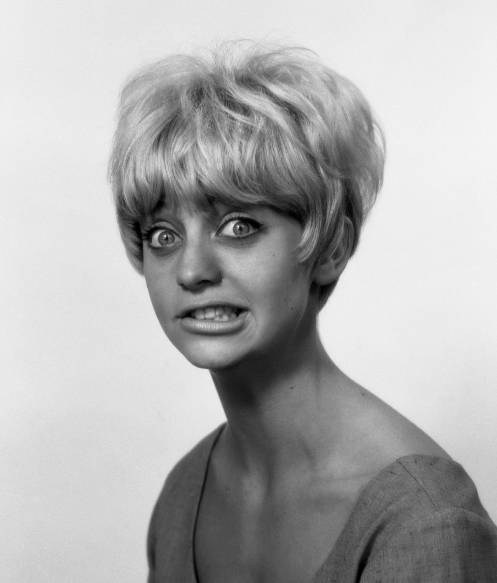 Rare Photos Of Goldie Hawn When She Was A Young Woman Goldie Hawn Young Goldie Hawn Celebrities Funny