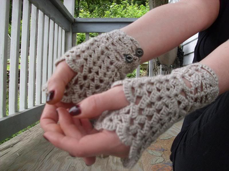 Crochet Neo Victorian Style Fingerless Lace Gloves - CROCHET ...