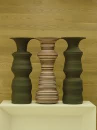 Urns/standing figure