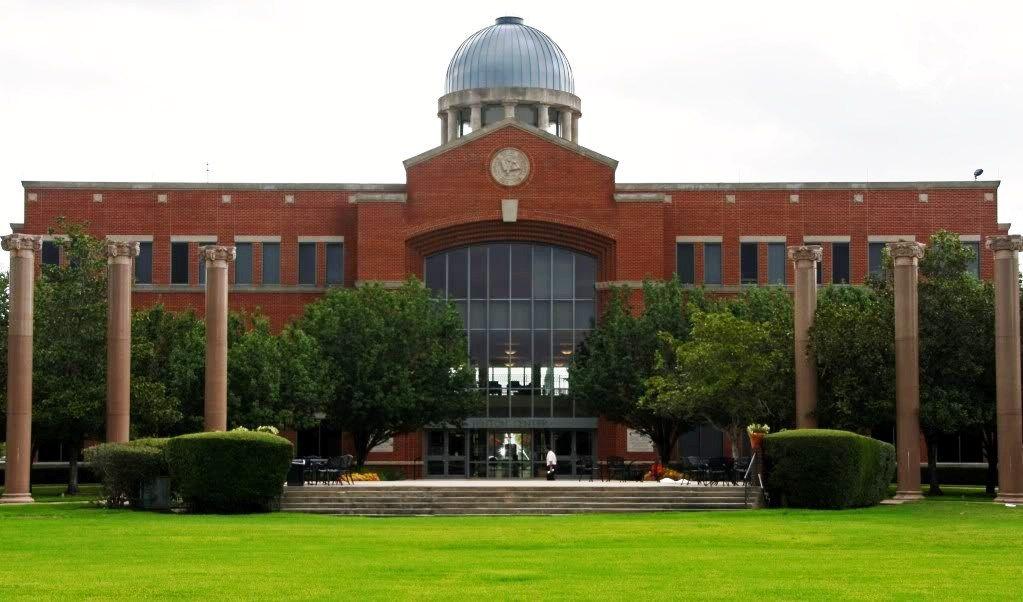 HOUSTON BAPTIST UNIVERSITY | The Handbook of Texas Online| Texas